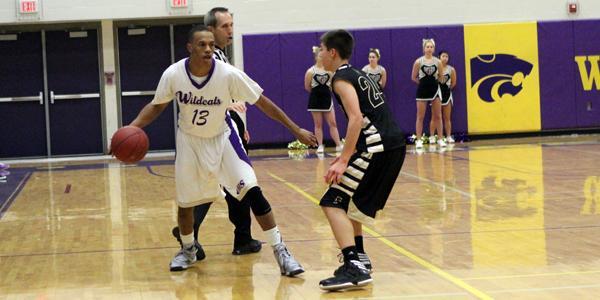 New gallery: Boys V. basketball vs. Farmington