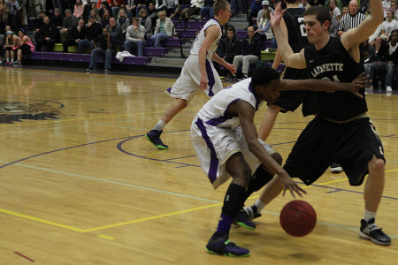 Chris Smith drives into the paint against Lafayette, Jan. 13.