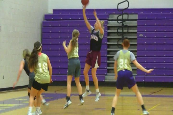 Day+in+the+life%3A+Girls+Basketball