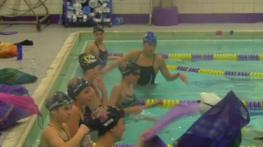 Day+in+the+life%3A+Girls+Swimming