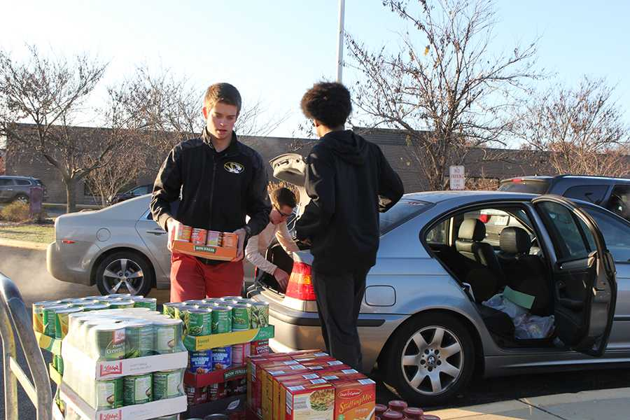 CP 11_14 canned food drive last day HUB