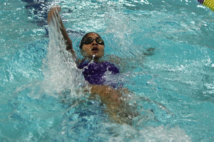 Deepa+Bhuvanagiri+%2810%29+swimming+the+100-back-stroke%2C+Dec.+1.