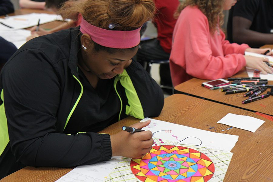 Summer Andrews (10) learns color techniques in Art Fundamentals, April11.