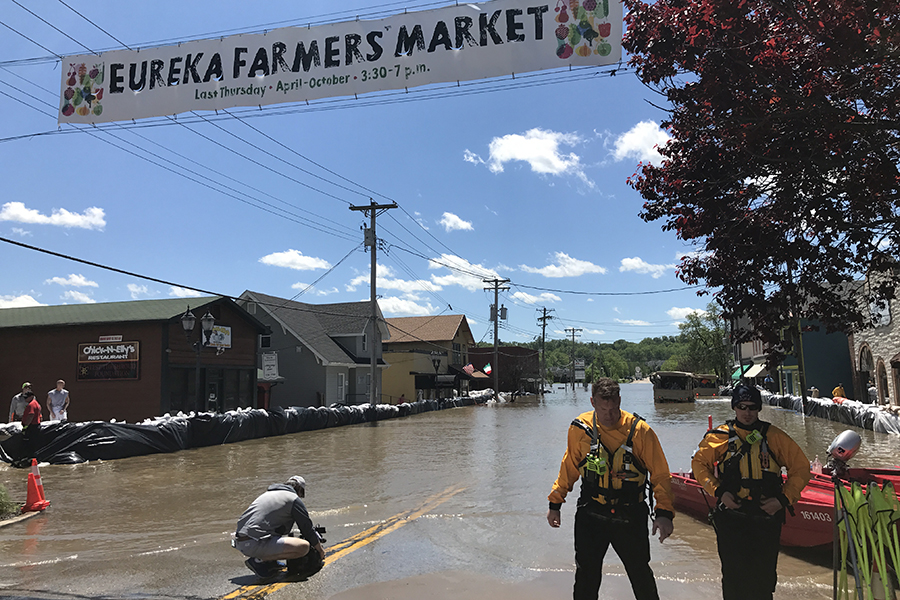 Old+Towne+Eureka+on+its+second+day+of+flooding%2C+May+2.